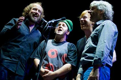 Phish in harmony