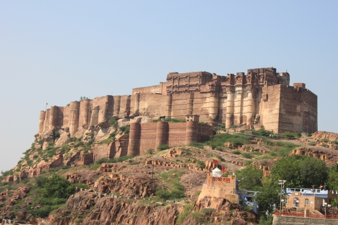 ... the imposing Mehrangarh Fort ...