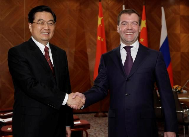 RUSSIA_CHINA_(F)_0927_-_intao_medvedev